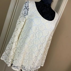 Charlotte Russe Lace Top Bell Sleeve Size M #L1